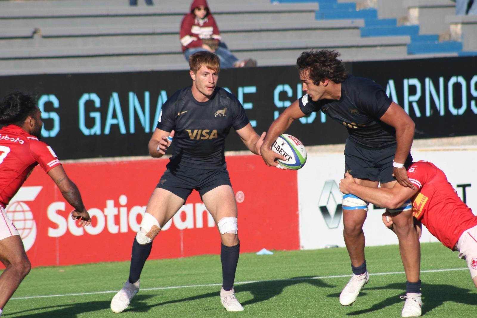 Argentina XV se recuperó y venció a Canadá