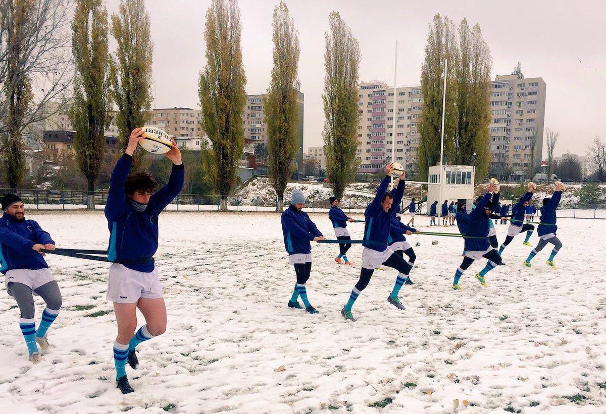 Los Teros entrenan en Bucarest