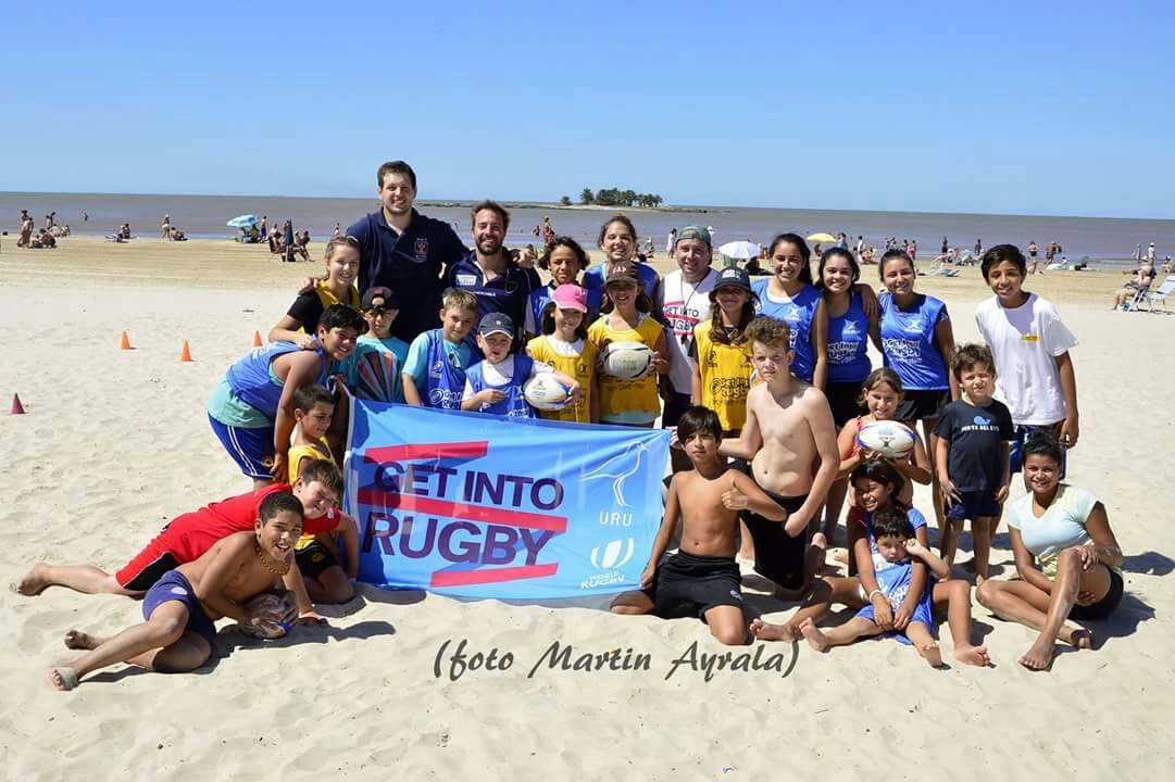 Rugby para todos en Playa Malvín