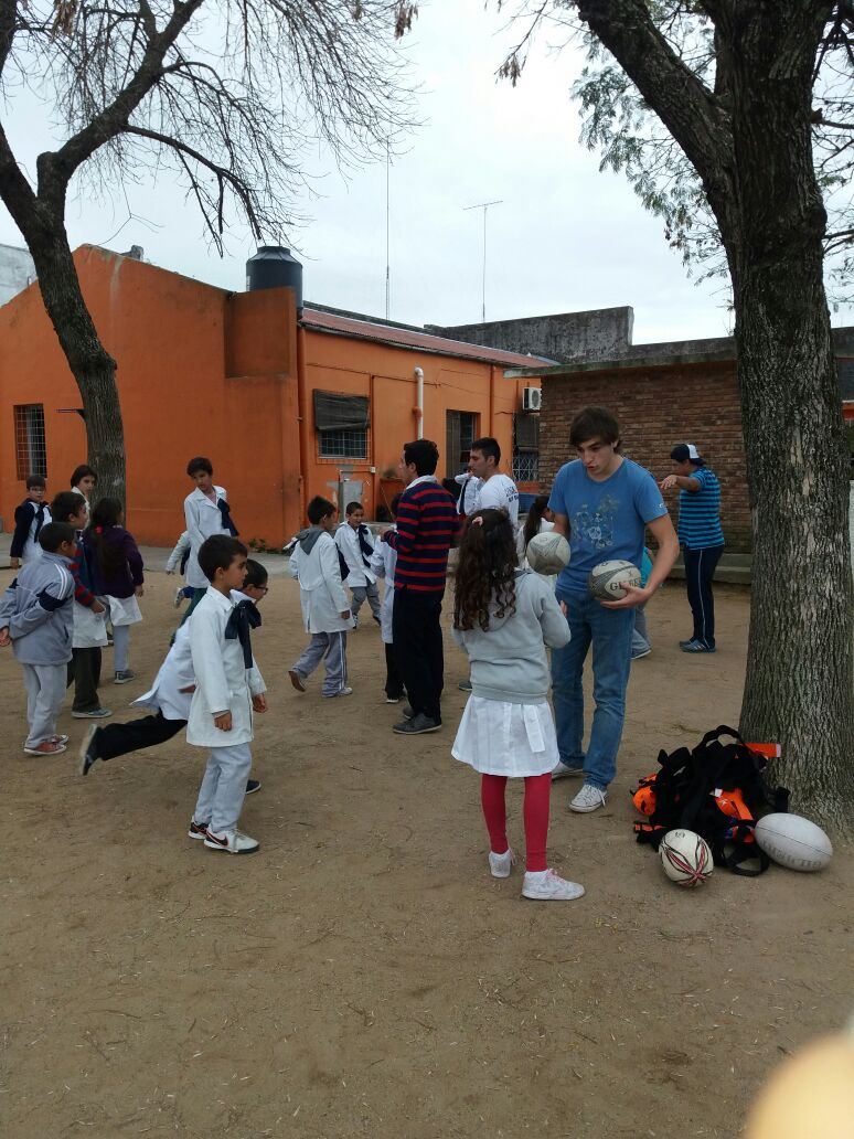 El Rugby llegó a la Escuela Pública en Flores